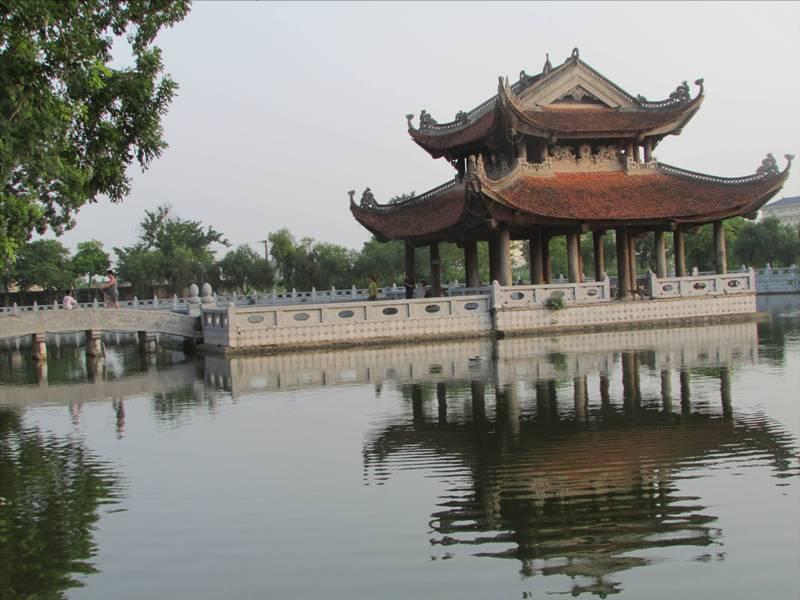 Về Kinh Bắc khám phá vẻ đẹp Đền Đô