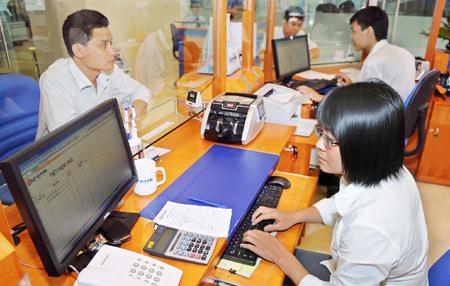 Chuyển dịch cơ cấu tín dụng theo hướng ưu tiên tập trung vốn cho sản xuất, kinh doanh