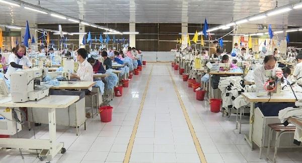 Nhiều đơn hàng gia công dệt may ở Hưng Yên được ký kết từ đầu năm