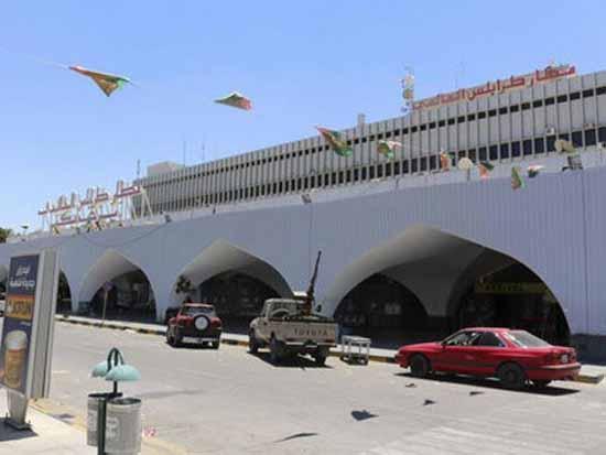 Libya tiếp tục hoãn các chuyến bay từ thủ đô sau vụ tấn công vào sân bay
