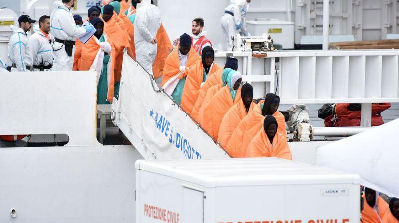 Gần 100 người di cư mất tích trên biển ngoài khơi Libya