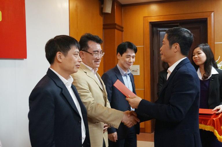 Ông Đặng Huy Cường được giữ chức Thành viên Hội đồng thành viên EVN