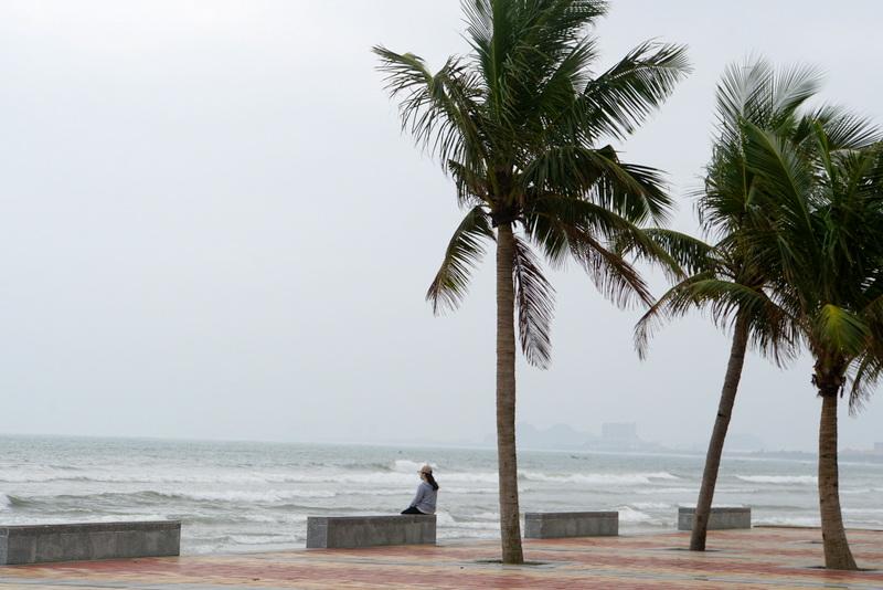 Sáng mùa đông trên bãi biển Đà Nẵng