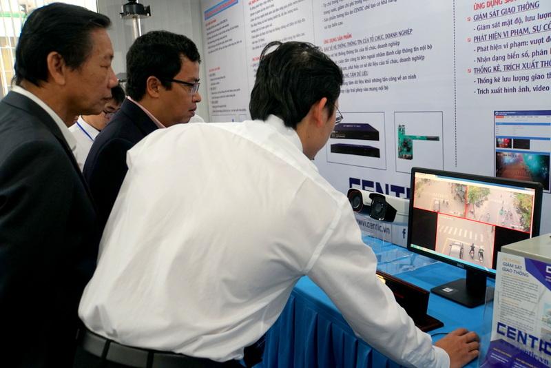 Trung tâm Vi mạch Đà Nẵng kỷ niệm 4 năm thành lập