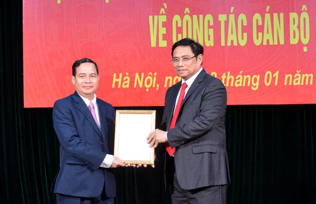 Đồng chí Điểu K'Ré giữ chức Phó trưởng Ban Dân vận Trung ương