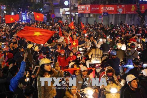 Náo nức không khí mừng chiến thắng lịch sử của đội tuyển U23 Việt Nam