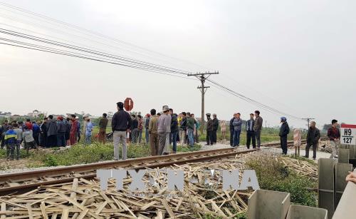 Nam Định: Tai nạn đường sắt làm 2 người tử vong