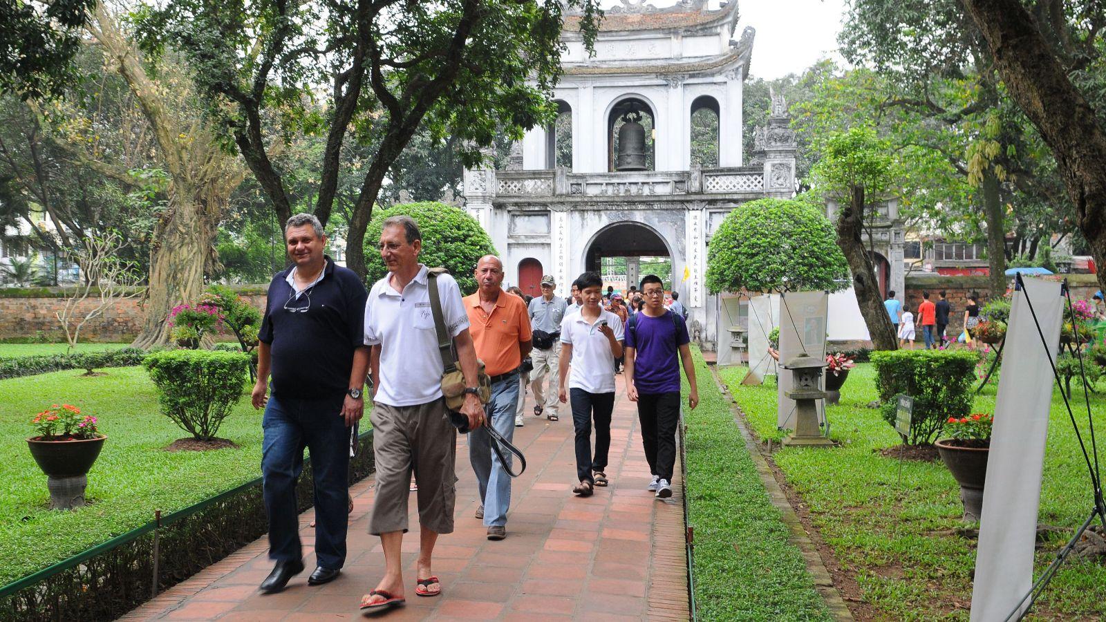 Khách quốc tế đến Hà Nội tăng đột biến dịp Tết dương lịch