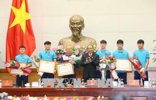Thủ tướng nồng nhiệt chúc mừng, biểu dương Đội tuyển U23 Việt Nam