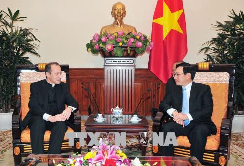 Thứ trưởng Ngoại giao Tòa thánh Antoine Camilleri thăm Việt Nam