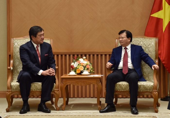 Phó Thủ tướng Trịnh Đình Dũng tiếp Chủ tịch kiêm Tổng Giám đốc điều hành cấp cao Tập đoàn Mitsui, Nhật Bản
