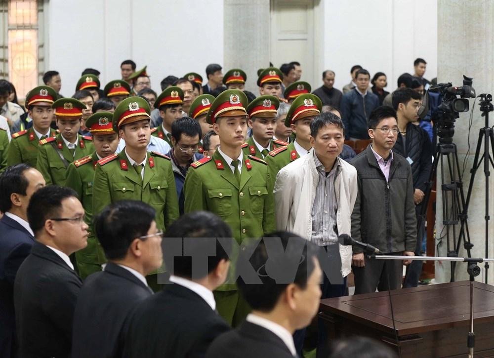 Tuyên bị cáo Đinh La Thăng 13 năm tù, Trịnh Xuân Thanh chung thân