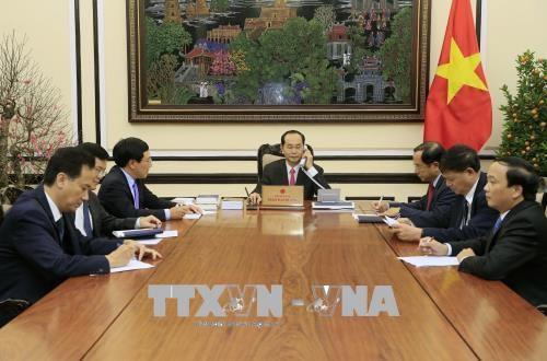 Chủ tịch nước Trần Đại Quang điện đàm với Tổng thống Hoa Kỳ