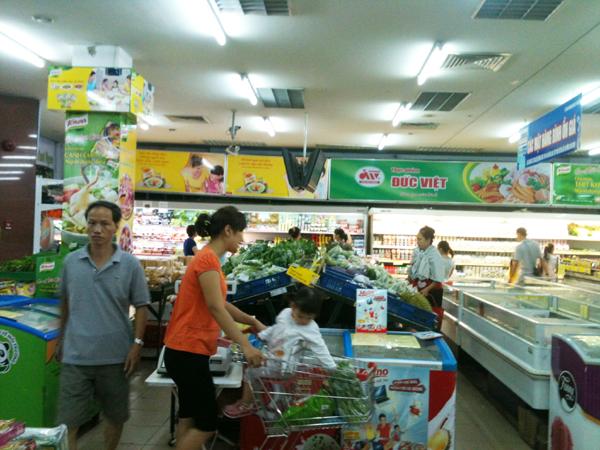Bán lẻ hàng hóa và dịch vụ tiêu dùng tăng nhẹ dịp giáp Tết