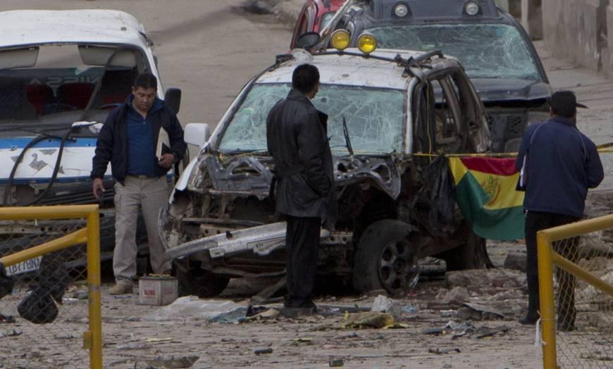 Nổ bom tại lễ hội đường phố ở Bolivia