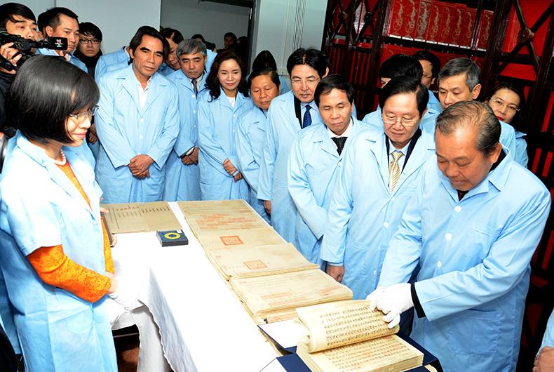 Lưu trữ tài liệu quốc gia là lưu giữ hồn cốt dân tộc
