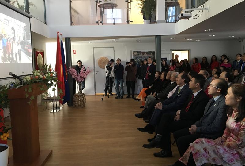 Cộng đồng người Việt tại Hà Lan gặp mặt mừng Xuân Mậu Tuất 2018