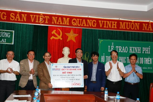 Công ty Thuỷ điện An Khê hỗ trợ đồng bào Gia Lai khắc phục hậu quả do mưa lũ
