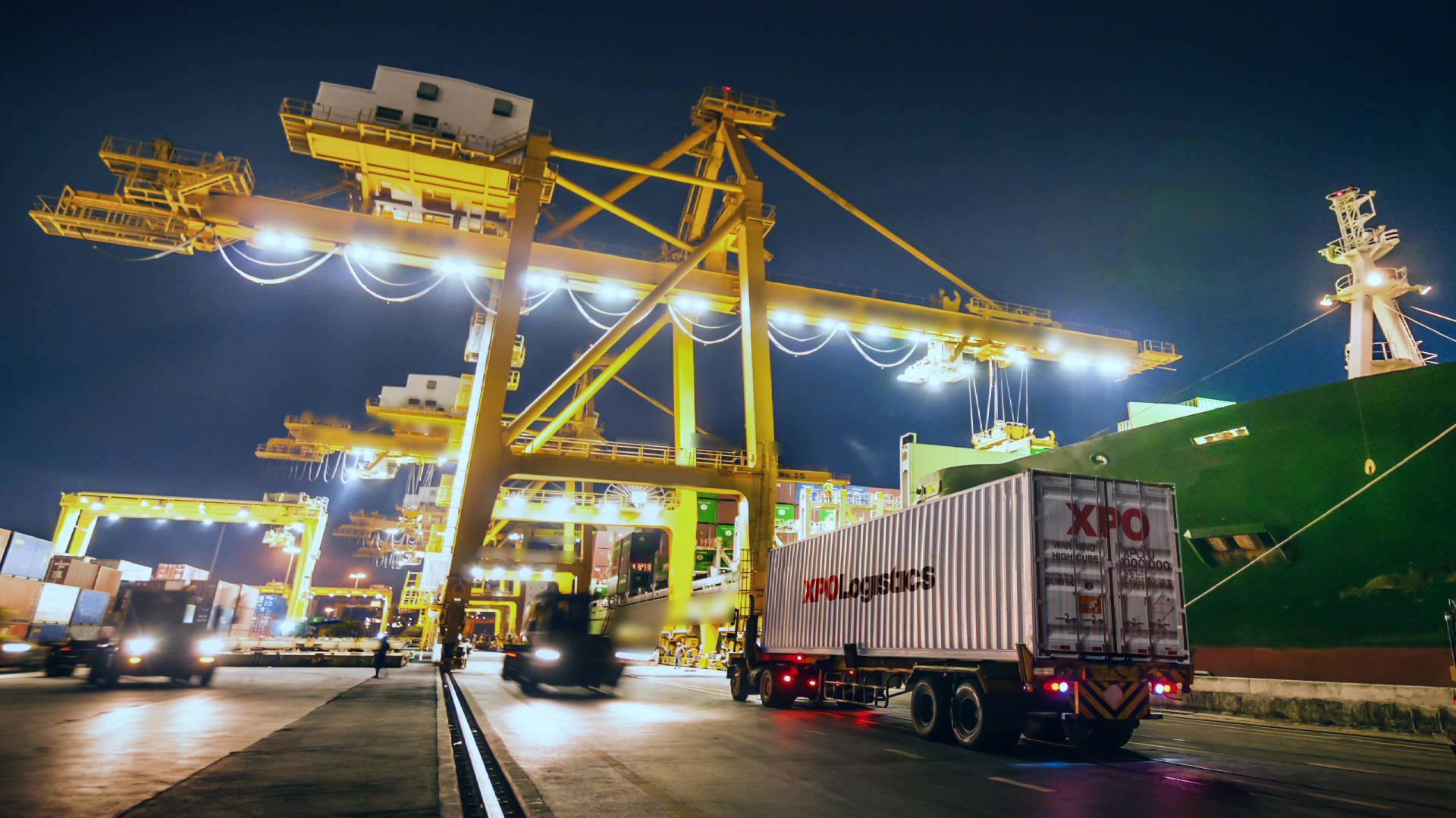 Logistics Việt Nam đang đứng trước cơ hội lớn