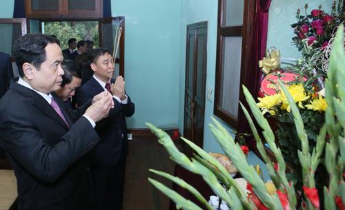 Ủy ban Trung ương MTTQ Việt Nam dâng hương tưởng nhớ Bác Hồ