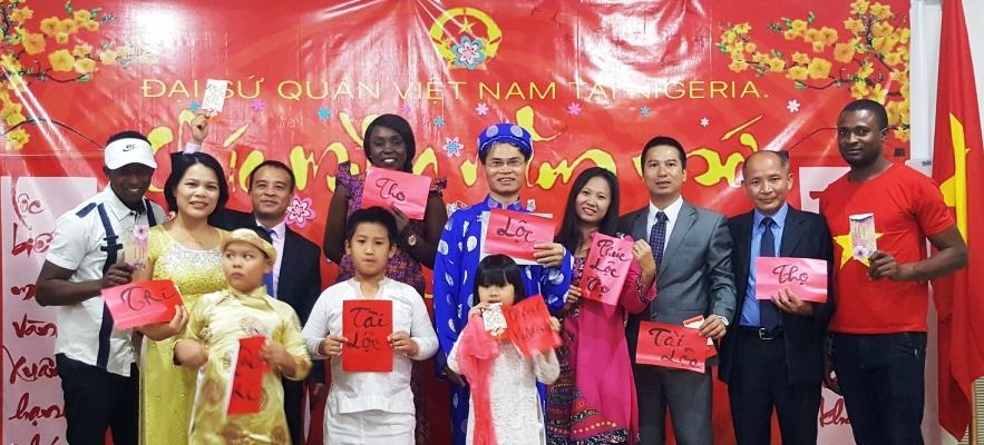 Người Việt Nam ở Nigeria, Venezuela, Ba Lan mừng xuân Mậu Tuất