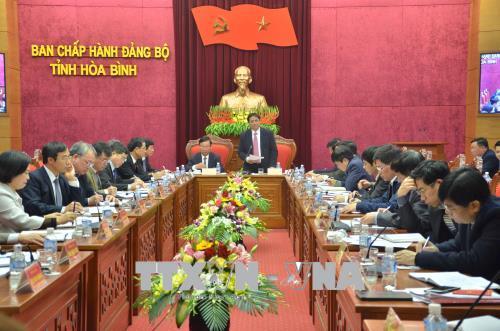 Đồng chí Phạm Minh Chính kiểm tra công tác xây dựng, chỉnh đốn Đảng tại tỉnh Hòa Bình