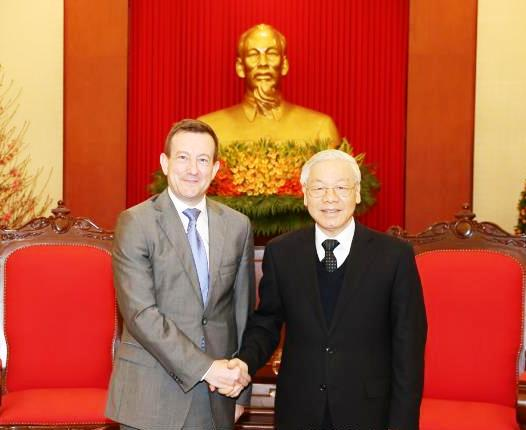 Tổng Bí thư Nguyễn Phú Trọng tiếp Đại sứ Pháp