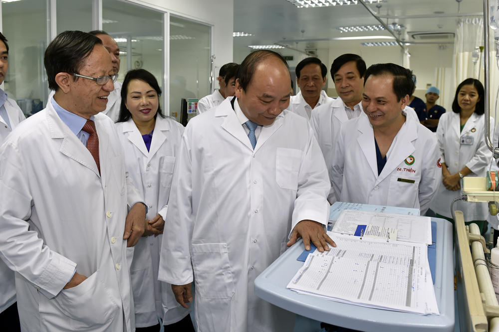 Thực hiện đồng bộ các giải pháp tăng cường công tác bảo vệ, chăm sóc, nâng cao sức khỏe nhân dân