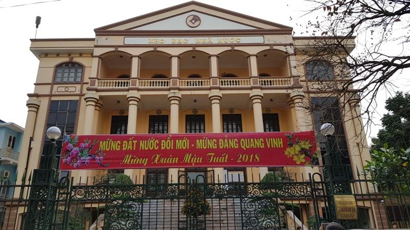 Kỷ luật lãnh đạo, nhân viên Kho bạc Nhà nước TP. Nam Định đi lễ trong giờ làm việc