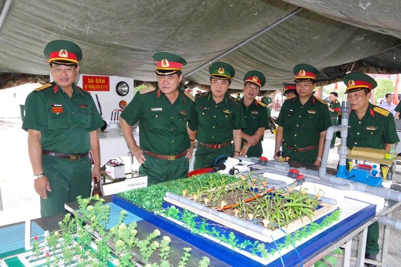 Quân khu 9 ra quân huấn luyện 2018  