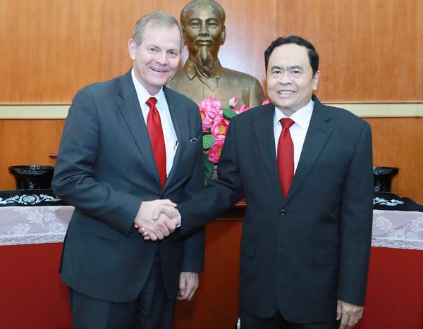 Chủ tịch Ủy ban Trung ương MTTQ Việt Nam tiếp đoàn Giáo hội các Thánh hữu Ngày sau của Chúa Giêsu Kitô