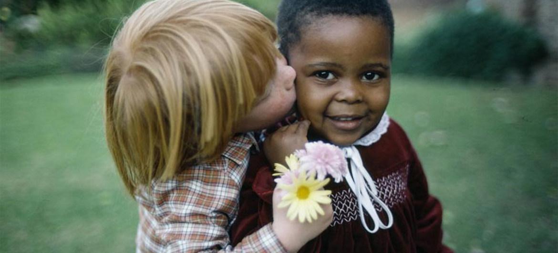 Đoàn kết, tôn trọng sự đa dạng để chống phân biệt chủng tộc