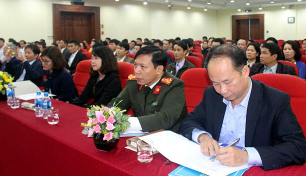 Chuẩn hóa đội ngũ cán bộ xã, phường, thị trấn trên địa bàn Hà Nội