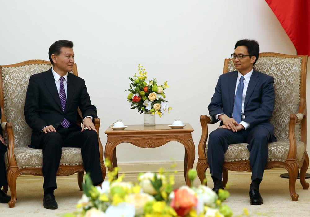 Liên đoàn Cờ vua thế giới sẽ hỗ trợ Việt Nam tổ chức các giải Cờ vua lớn