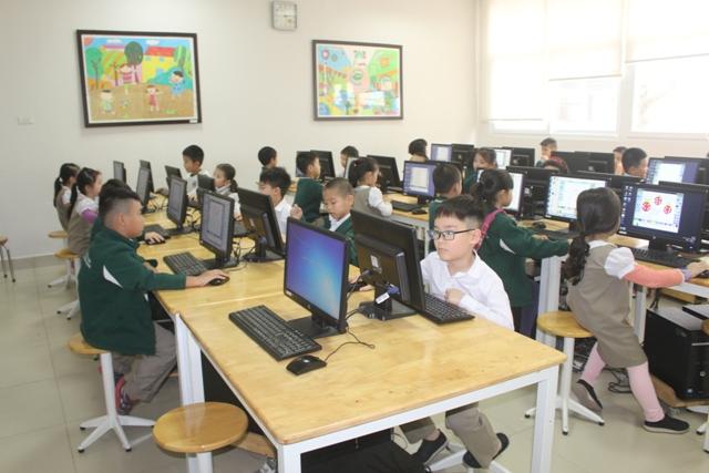 Hưng Yên: Sớm làm rõ nguyên nhân nhiều học sinh Trường Đoàn Thị Điểm Ecopark nghỉ học bất thường