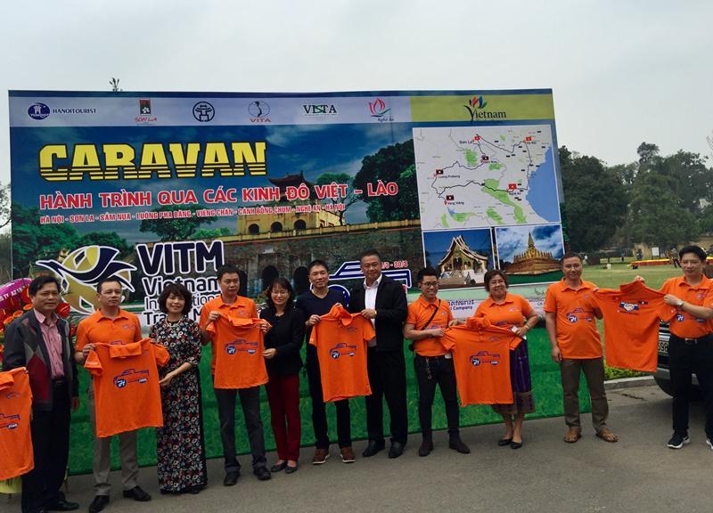 Ra mắt tuyến du lịch bằng xe tự lái lần đầu tiên tại Việt Nam