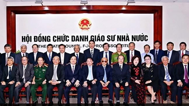 Thường trực Chính phủ kết luận việc xét công nhận chức danh GS, PGS