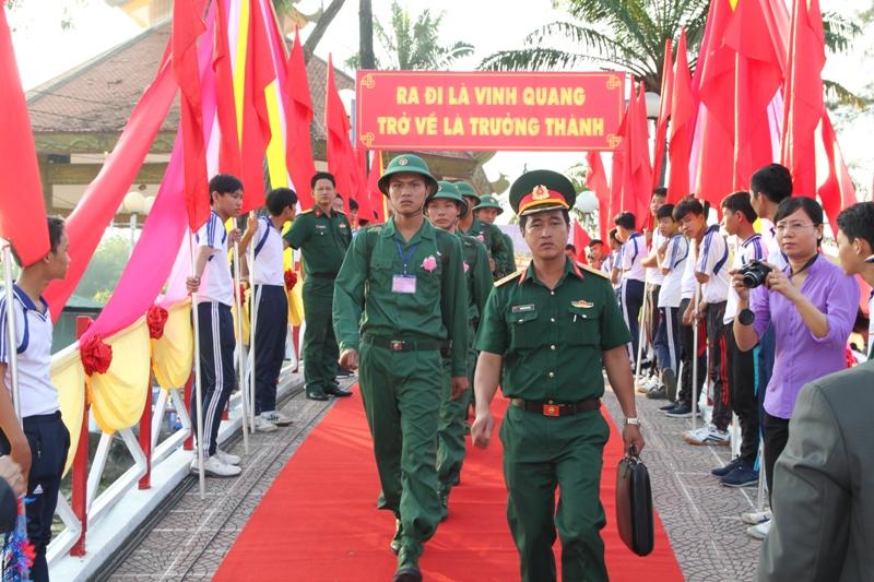 Hơn 1.000 thanh niên Hậu Giang lên đường bảo vệ Tổ quốc
