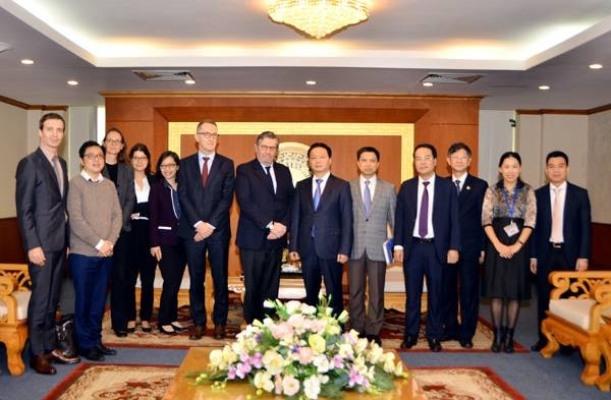 Việt Nam - Pháp đẩy mạnh hợp tác về ứng phó biến đổi khí hậu