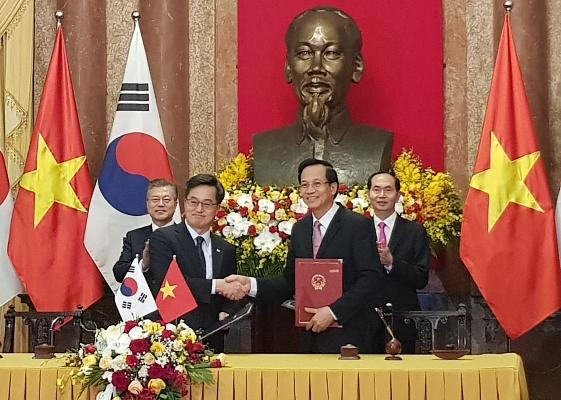 Ký kết Bản ghi nhớ về phái cử và tiếp nhận lao động Việt Nam sang làm việc tại Hàn Quốc