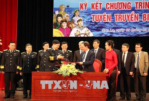 Tỉnh ủy Sơn La và Đảng ủy Quân chủng Hải quân Việt Nam phối hợp tuyên truyền về biển, đảo