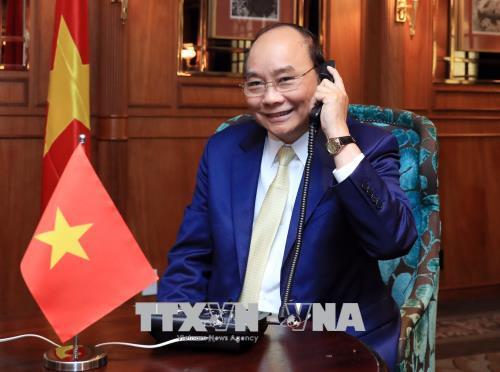 Thủ tướng Nguyễn Xuân Phúc điện đàm với Toàn quyền New Zealand