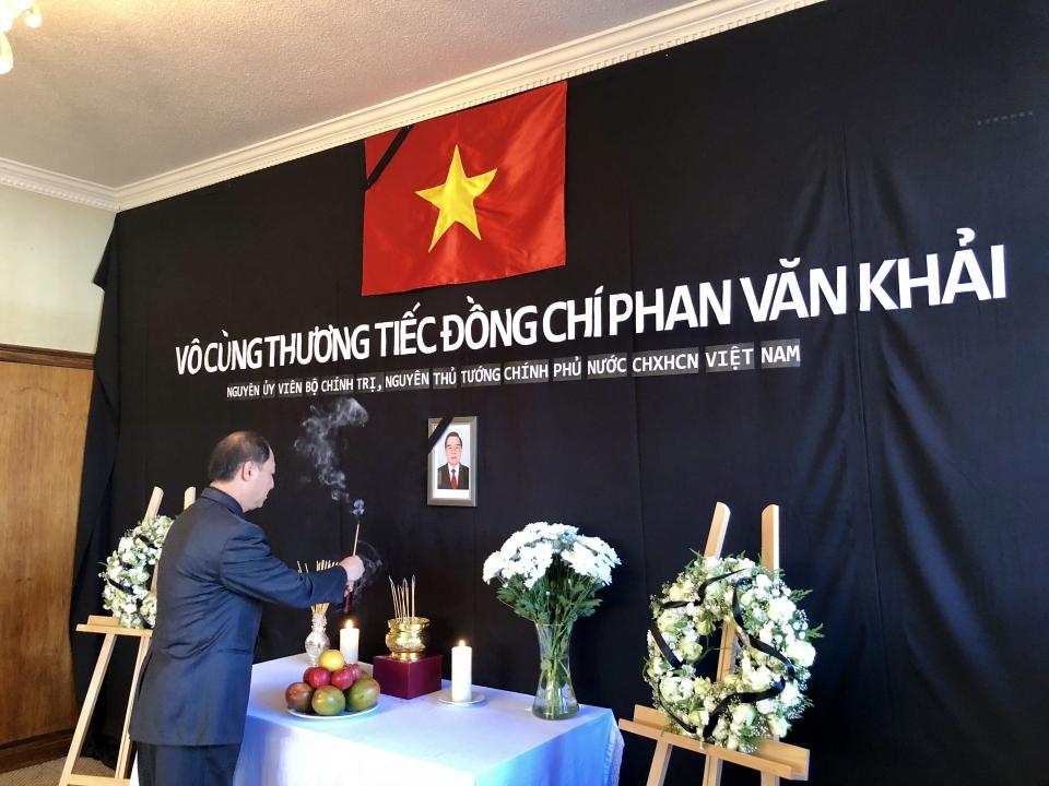 Tổ chức trọng thể Lễ viếng nguyên Thủ tướng Phan Văn Khải tại nước ngoài