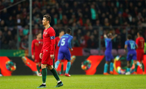 Bồ Đào Nha thua bạc nhược trước Hà Lan