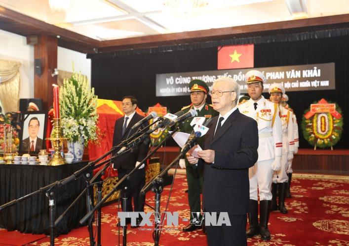 Tổng Bí thư xúc động đọc Lời điếu tiễn đưa nguyên Thủ tướng Phan Văn Khải