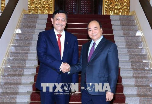 Thủ tướng Nguyễn Xuân Phúc tiếp Bộ trưởng điều phối biển Indonesia
