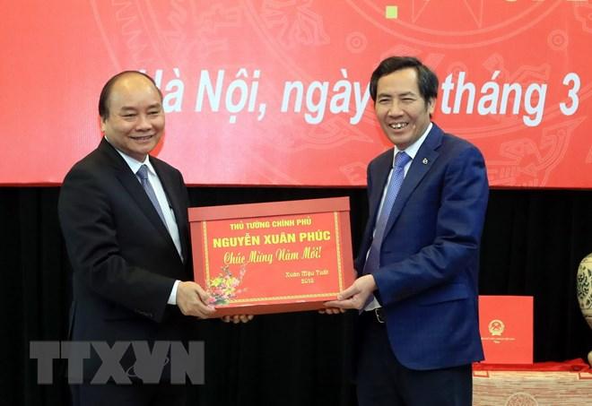 Thủ tướng Nguyễn Xuân Phúc thăm và làm việc với Báo Nhân Dân