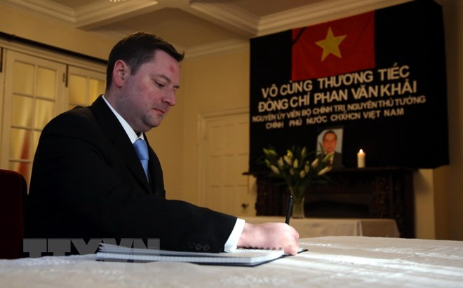 Cựu Đại sứ Anh: Quan hệ thương mại Anh - Việt Nam cất cánh trong thời kỳ lãnh đạo Chính phủ của nguyên Thủ tướng Phan Văn Khải