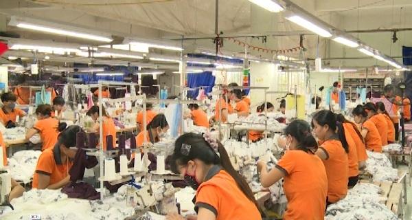 Tổng công ty May Hưng Yên đạt doanh thu trên 100 tỉ đồng