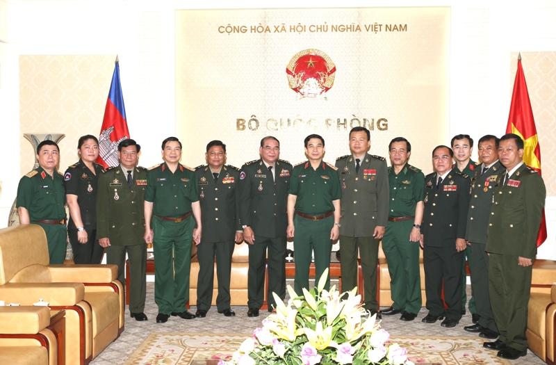 Tiếp tục đẩy mạnh hợp tác quốc phòng Việt Nam - Campuchia